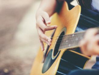 Bliv bedre til at spille guitar